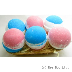 Blueberry Coconut Raspberry Large Bath Bomb